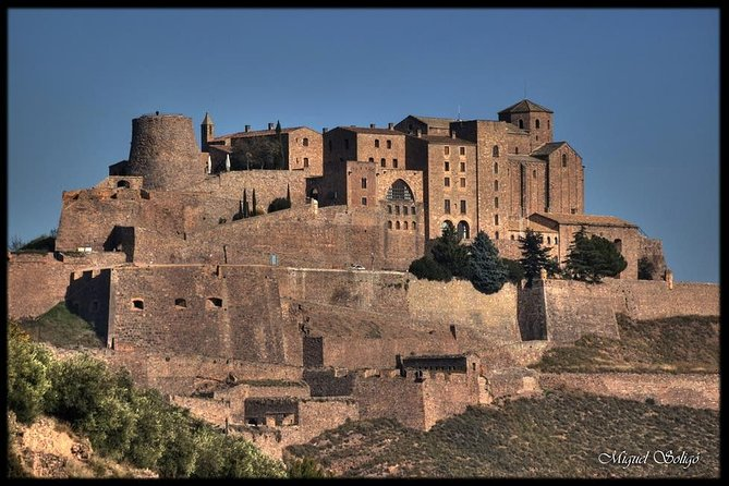 Cardona - Montserrat - Small group and hotel pick up from Barcelona