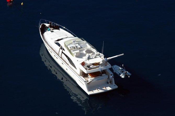 Private Yacht Trip from Santorini on a Ferretti 680