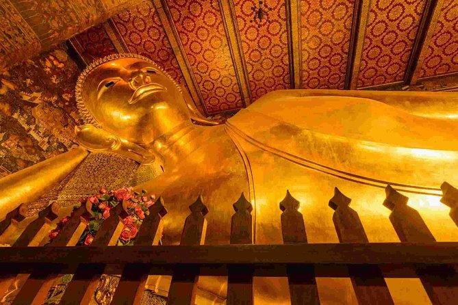 Visite de Bouddha couché (Wat Pho) et du musée du Siam au départ de Bangkok (multi langues)