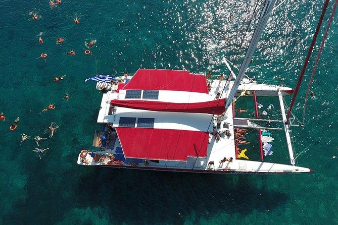 Shared Basic Morning Trip of Santorini via Red Beach & White Beach