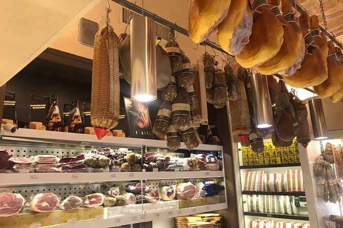 REGGIO EMILIA GASTRONOMY TOUR - WALK&TASTE lunch included