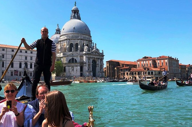 Venice Gondola Ride photo 5