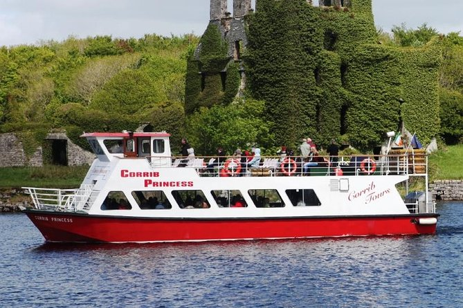 Scenic cruise of Corrib river & lake. Galway City. Guided. 1 ½ hours