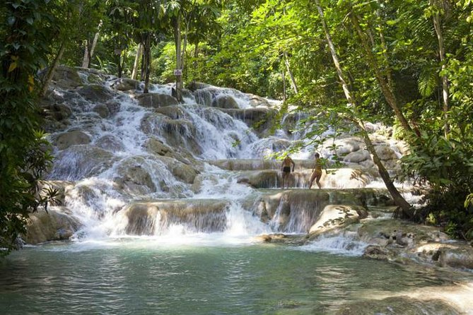 Nine Miles and Dunn's River falls Tour from Negril Hotels