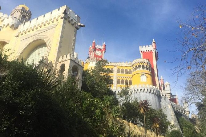 Sintra and Cascais private tour with a local