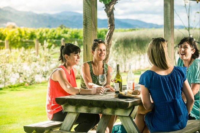 Full Day Winemaker's Tour in Marlborough
