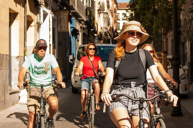 Private Madrid Bike Tour - min. 4 people (adult, child, youth). Families,friends
