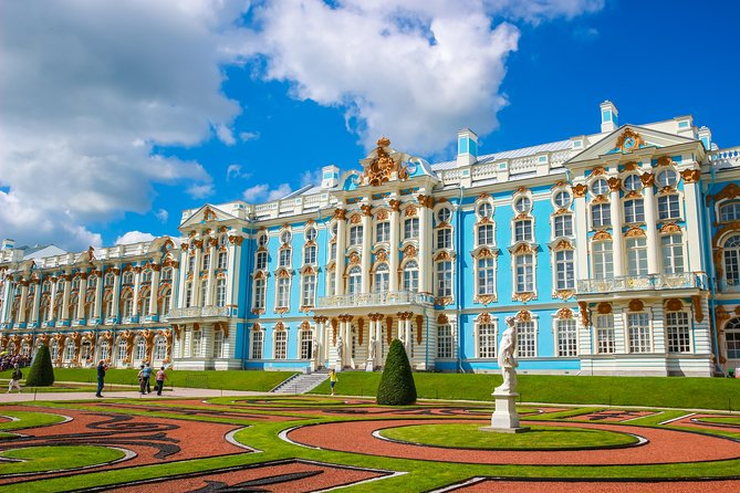 St. Petersburg Private Amber Room Catherine Palace Visa-free tour photo 1