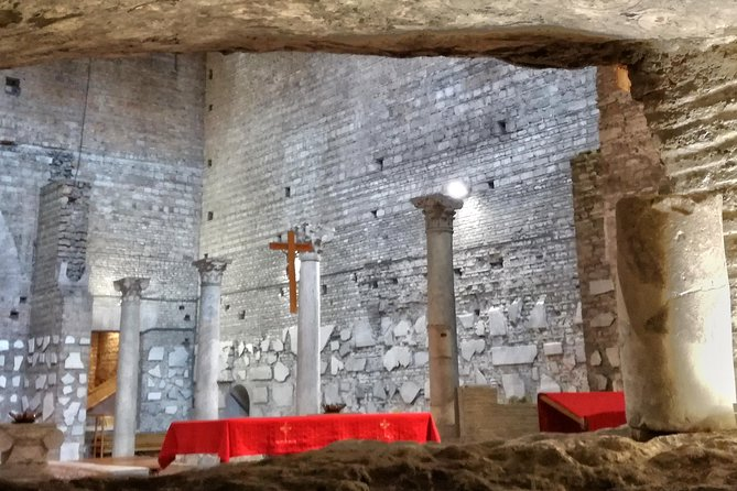Van donker naar licht: Catacomben van Rome en Vaticaan Tour (Small-Group Max 10)