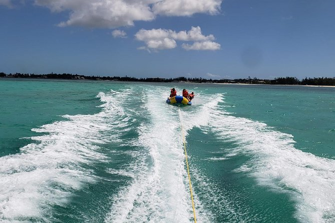 Fun In The Sun Special ! - Glass Bottom Boat & Banana Boat Tour