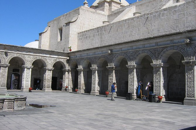Walking Tour Arequipa Including Santa Catalina Monastery photo 4