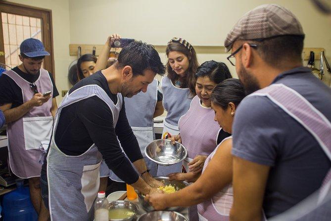 Adelante Mujer Bolivian Cooking Workshops