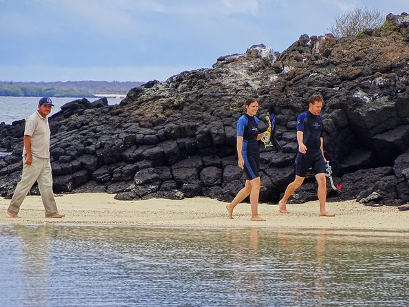 Galapagos Hopper Punta Pitt