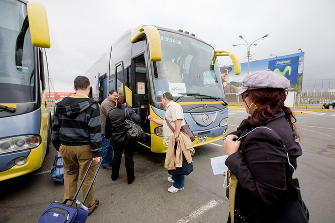Shared Departure Transfer: Arequipa Hotels to Airport