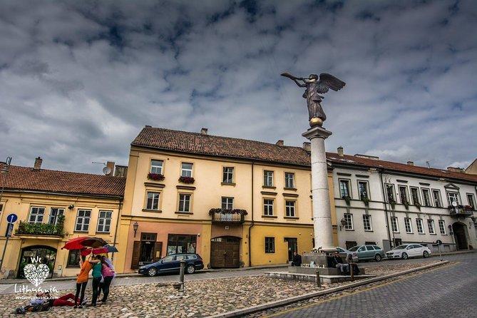 Vilnius Private Tour: Uzupis Republic Walking Tour
