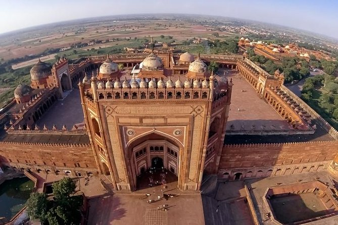 Skip the Line: Guided Tour To Fatehpur Sikri with E-Tickets