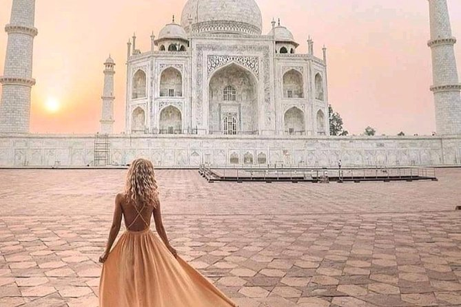 Overnight Sunrise and sunset Taj Mahal tour from Jaipur