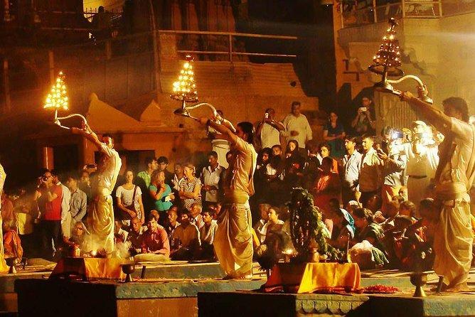 City tour of Varanasi by a Vandai bharat train