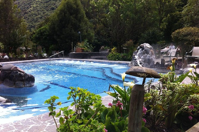 Private Papallacta Volcanic Hot Springs Day Tour