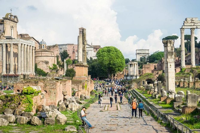 Exclusive Private Colosseum Ancient Rome Guided Tour Skip the Line Tickets photo 2