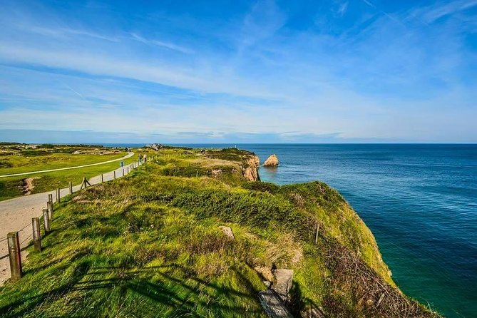 Day trip from Paris to Pointe du Hoc and Omaha beach - Private Tour (2/4 pax)