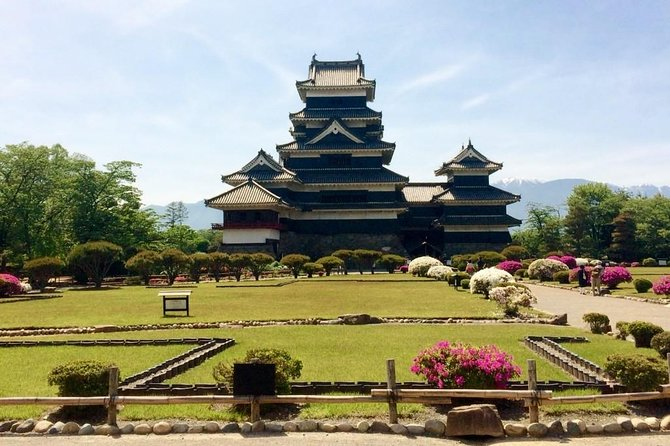 1-Day Matsumoto Castle & Local Food Experience Tour