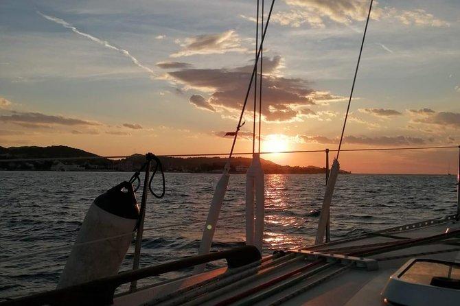 Private sunset sailing tour in Zadar archipelago