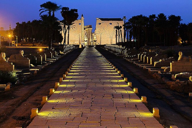 Tour of the East Bank. Luxor and karnak tempel