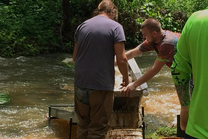 1 Hr Gold Panning Family Special