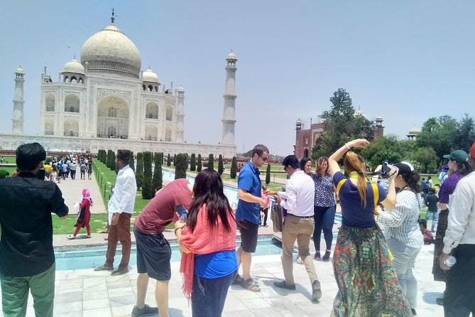 Tajmahal Day Tour From Delhi with Super fast Train Gatimaan Express