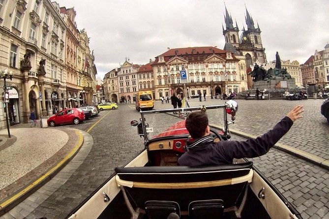 Vintage Cars Prague - Grand City Tour 120min / 2-6 pers.
