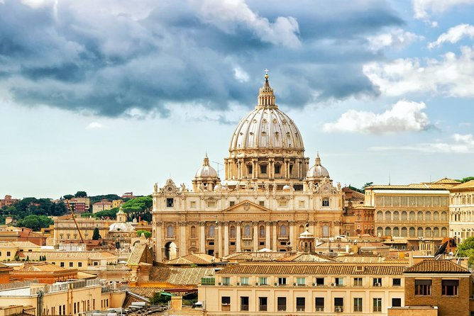 Excursions and guided tours - First track entry vatican city