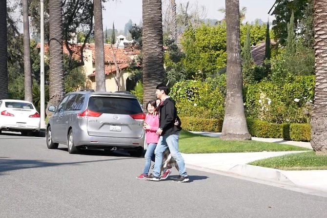 Beverly Hills, Hollywood Sign, Beach 8 hours private tour, Free Pickup in LA