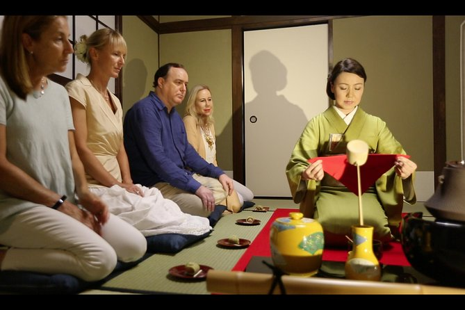 A 90 min. Tea ceremony Workshop In The Authentic Tea Room photo 4