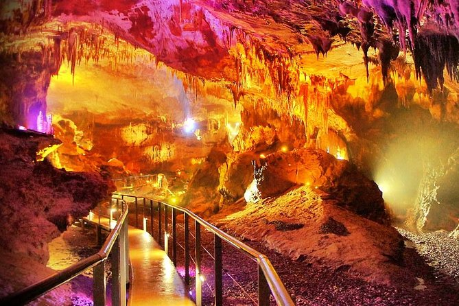 Day trip in Prometheus cave and Okatse canyon by Visit-geo
