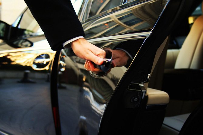 Door-To-Door Private Transfer Florence to Fiumicino FCO Airport or viceversa