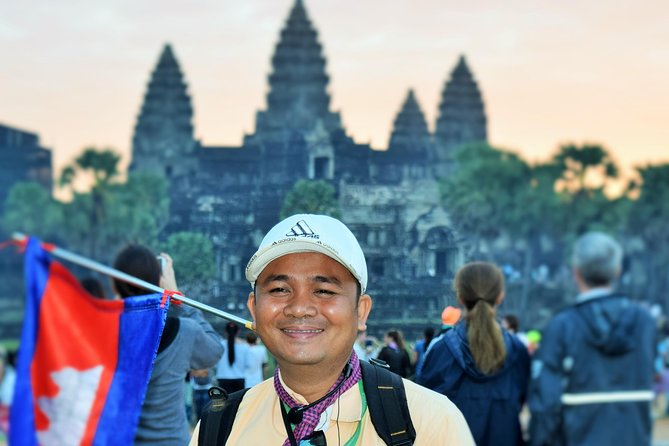 3-D Angkor Temples With One Sunrise