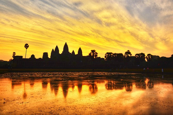 Full-Day Angkor Wat Bike Tour from Siem Reap