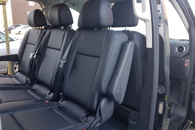 Luxury Minivan from Charleroi airport to the city of Ghent