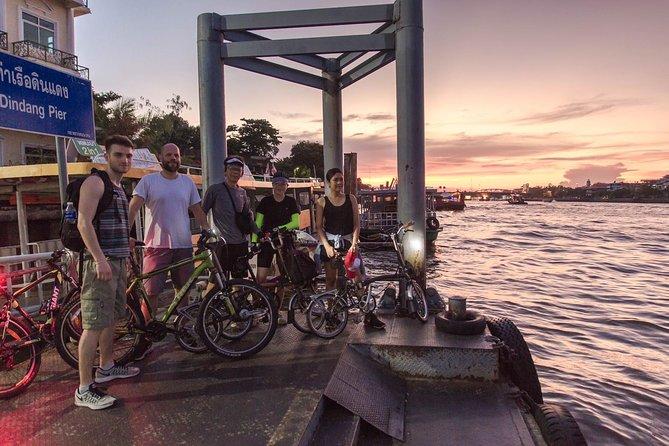 Bike & Bite with Boss: Discover Thonburi