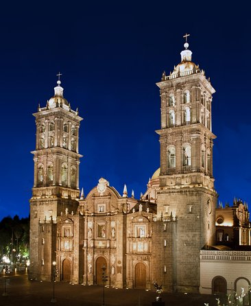 COMBO - Guadalupe Shrine & Teotihuacan Pyramids + Taxco + Puebla (3 days)