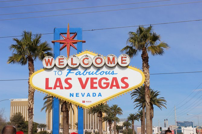 Vintage Vegas Day Private Tour with transport, lunch, champagne & Photography