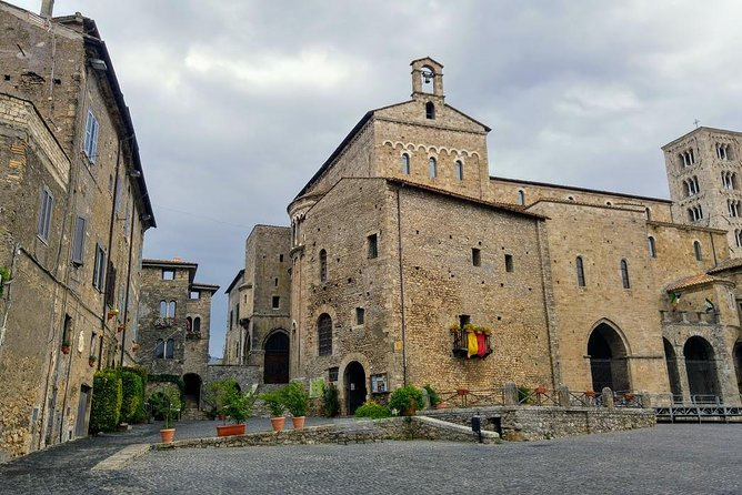 Transfer-Rome to Naples with a 2 hour stop in Anagni Catherdal or vice versa