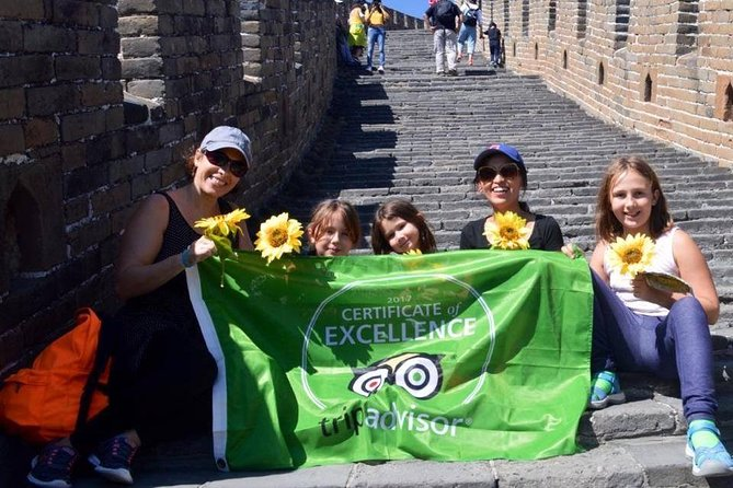 All Inclusive Great Wall Tour with Chaoyang Acrobatics
