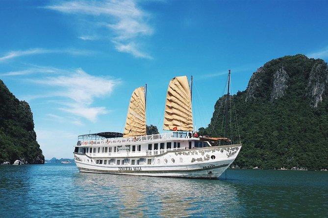 Sophisticated Ha Long Bay on Luxury Cruise