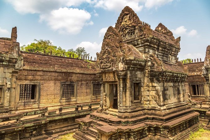 Beyond Banteay Srei temple discovery