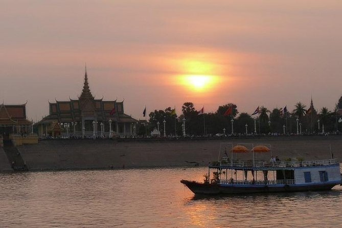 Phnom Penh 2 Days Special Tour