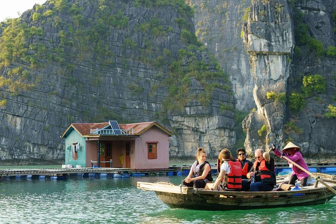 Boutique Bai Tu Long Bay Cruises 2 Days Tour Cave,Kayak,Swimming,Squid fishing