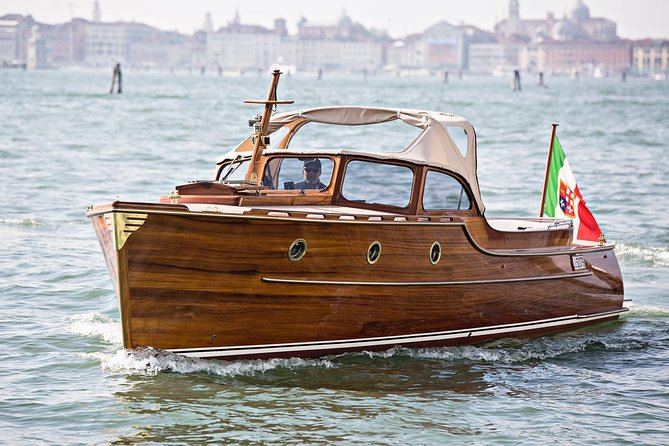 Classic Boat for Exclusive Private Tours