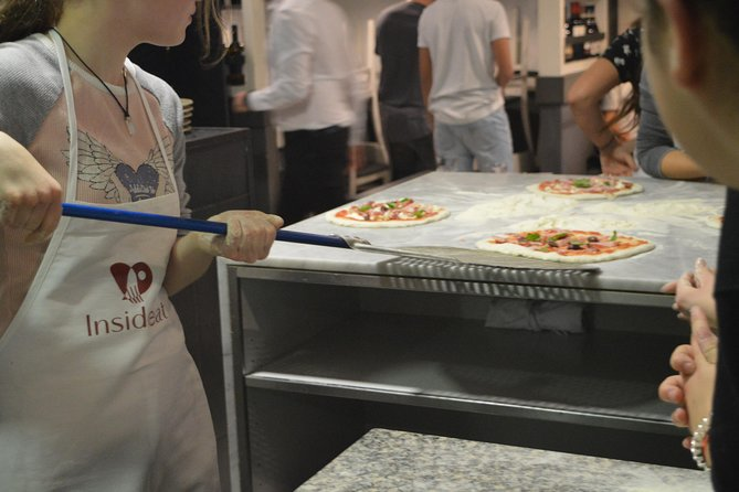 Last Lap! 1h Pizza Class in Rome photo 12